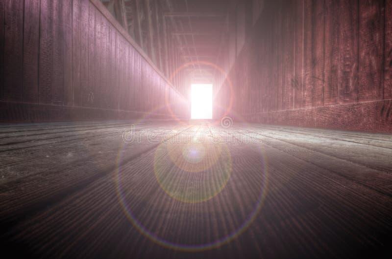 L'indicatore luminoso all'estremità del traforo fotografie stock libere da diritti