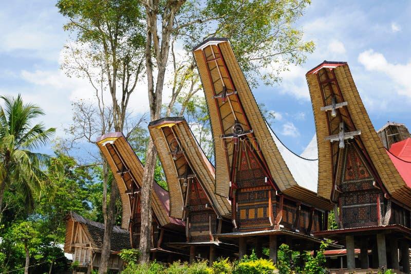 L'Indonésie, Sulawesi, Tana Toraja, village traditionnel images libres de droits