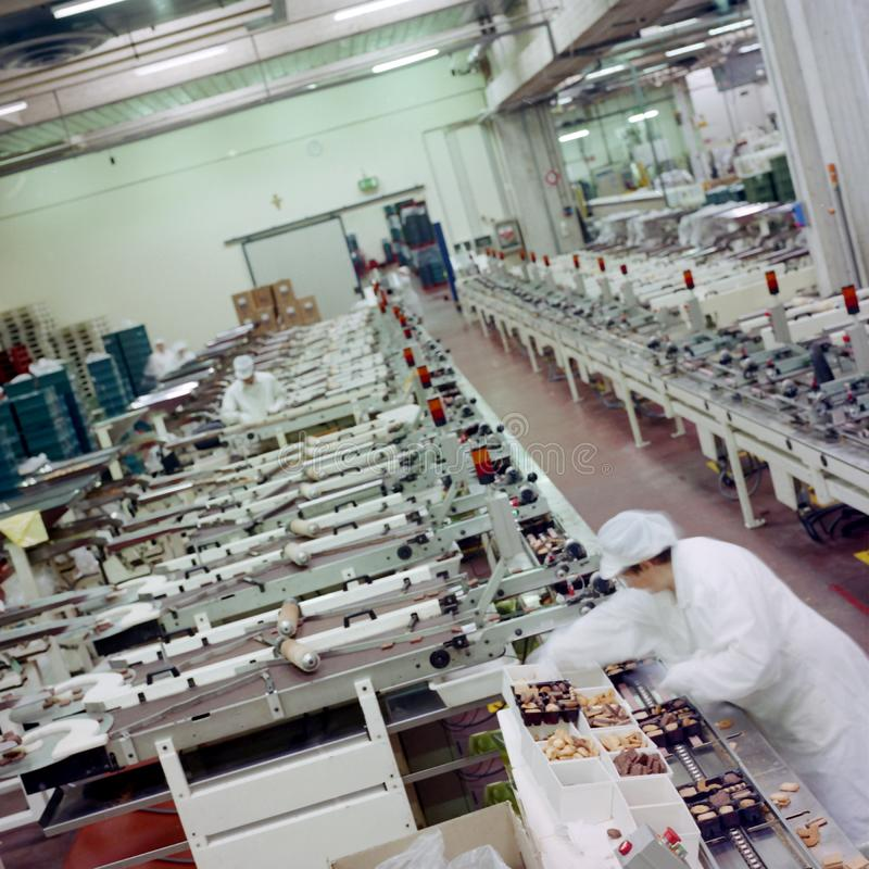 L'industrie alimentaire, production des biscuits photographie stock