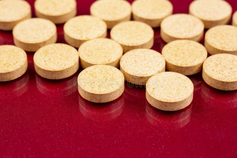 L'industrie pharmaceutique dope des vitamines de pilules image stock