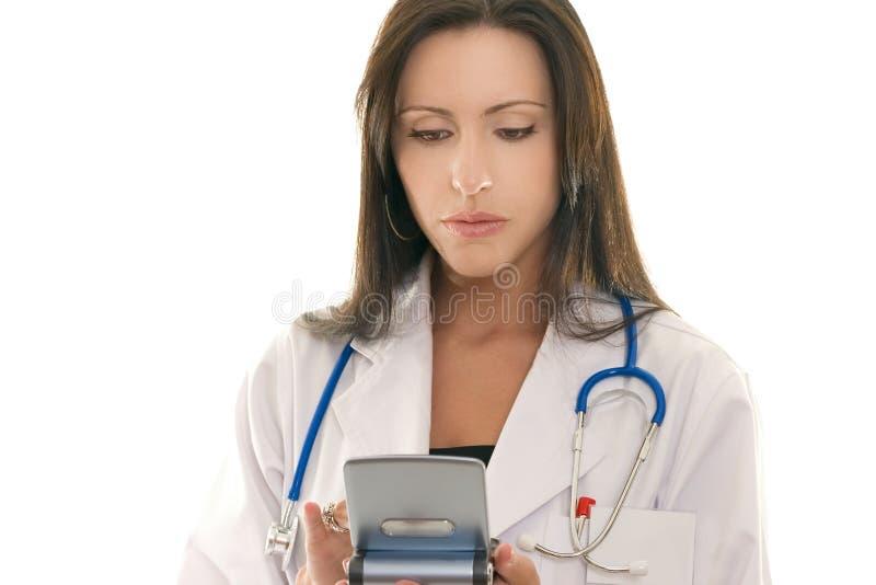 L'information de mise en référence de docteur sur un dispositif portatif photographie stock libre de droits