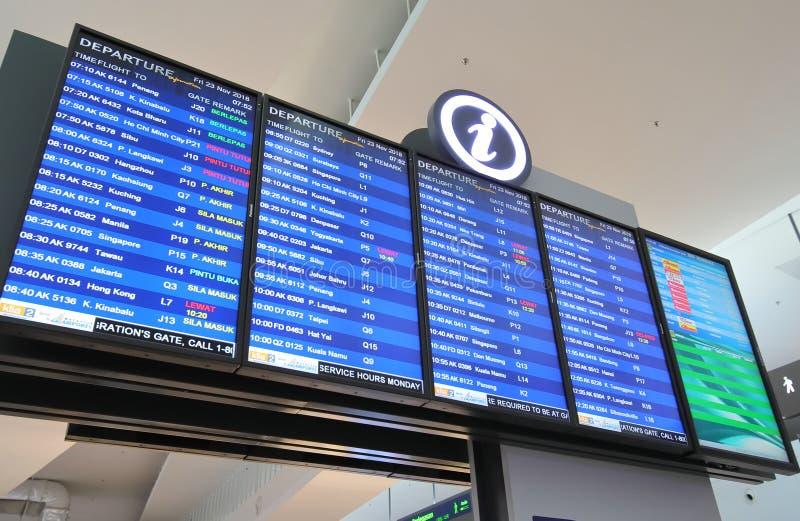 L'information Kuala Lumpur Malaysia de départ d'aéroport de KLIA images stock