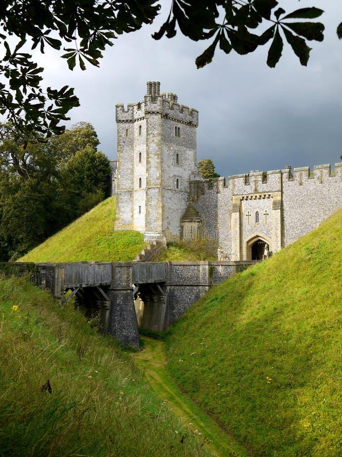 L'Inghilterra: Fossato del castello di Arundel immagine stock libera da diritti