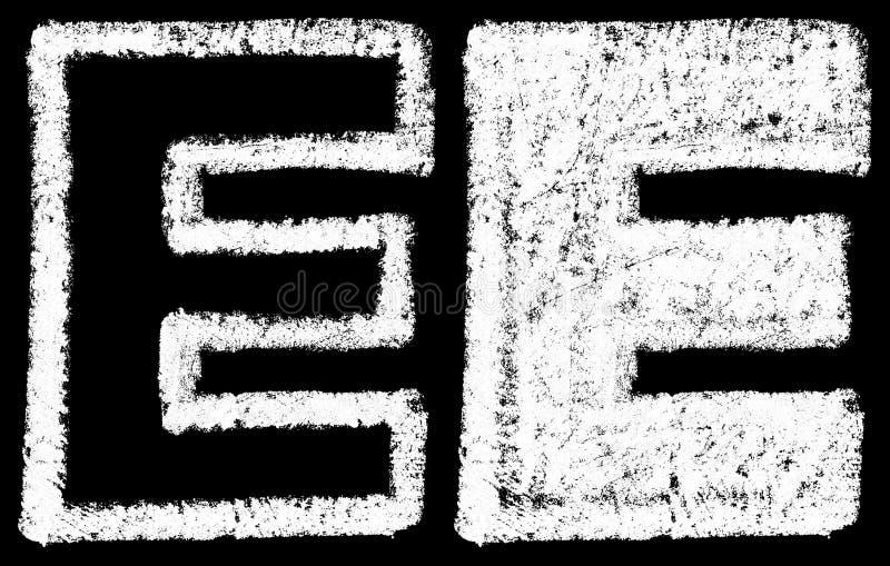 L'inglese bianco scritto a mano del gesso segna la E con lettere isolata sulla parte posteriore del nero royalty illustrazione gratis