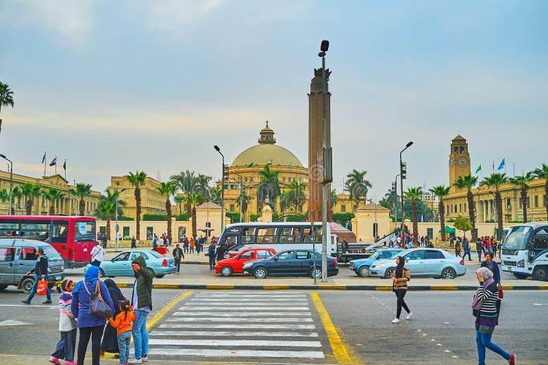 L'ingorgo stradale all'università del Cairo, Giza, Egitto fotografia stock libera da diritti
