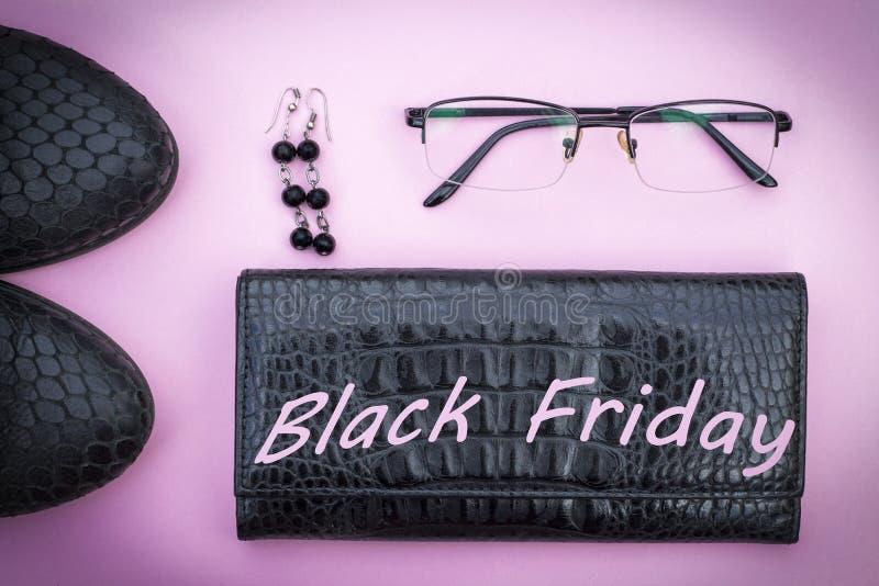 L'inscription Black Friday sur le calendrier 2018, fond blanc, en gros plan photographie stock libre de droits