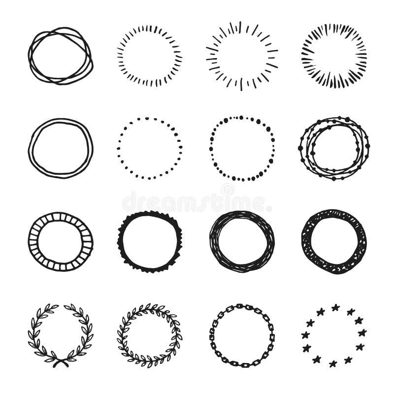 L'insieme delle forme disegnate a mano d'annata del cerchio di vettore progetta gli elementi, illustrazione di stock