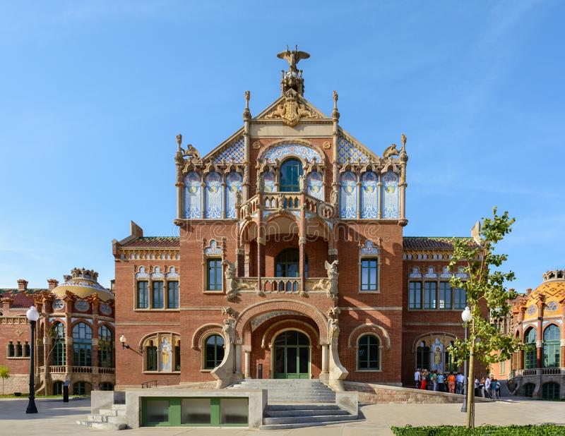 L'insieme di costruzioni dell'ospedale dell'incrocio e della st santi Paul Sant Pau è stato fondato nel 1401 quando sei medievale immagini stock