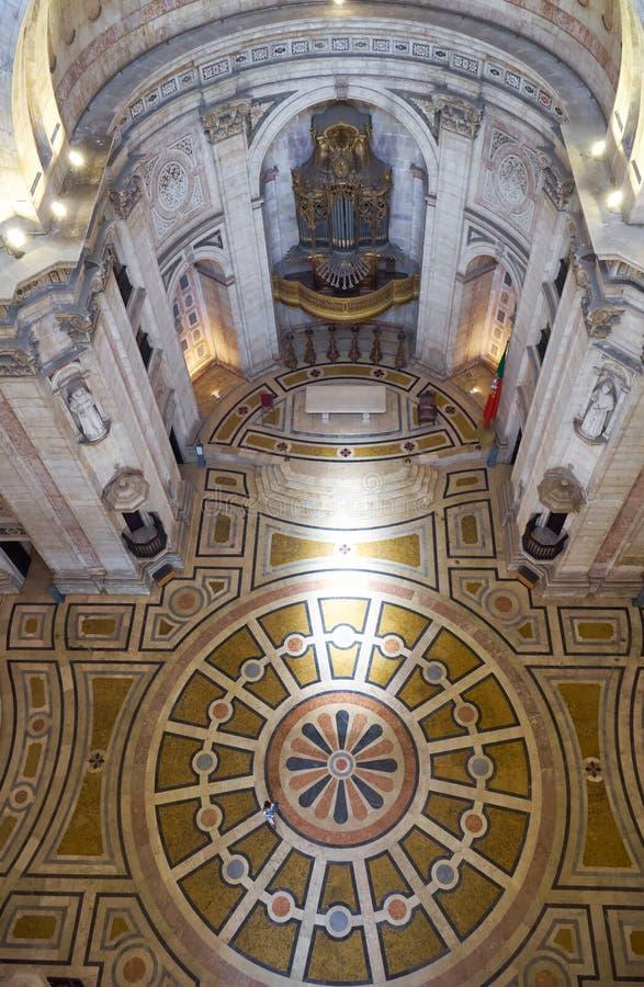 L'intérieur d'Engracia d'église du Panthéon national maintenant lisbonne image stock