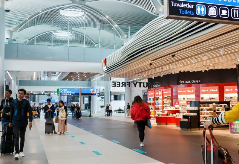 L'intérieur de l'aéroport d'Istanbul Atatürk Le plus grand aéroport international dans le monde images libres de droits