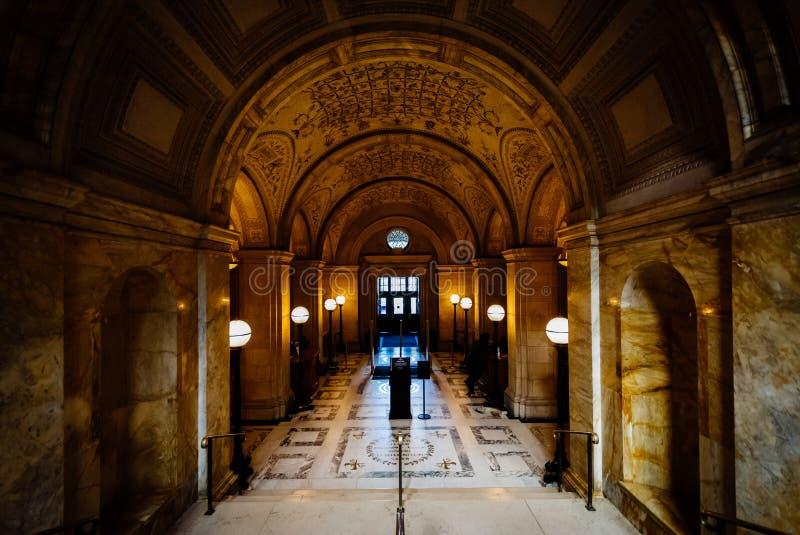L'intérieur de la bibliothèque publique de Boston à la place de Copley, à B photographie stock libre de droits
