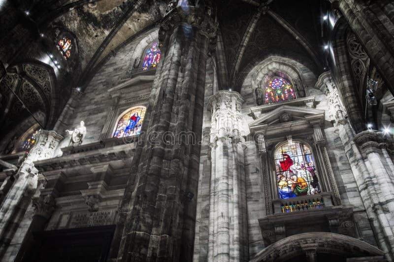 L'intérieur de la cathédrale de Milan, alias Duomo photo stock