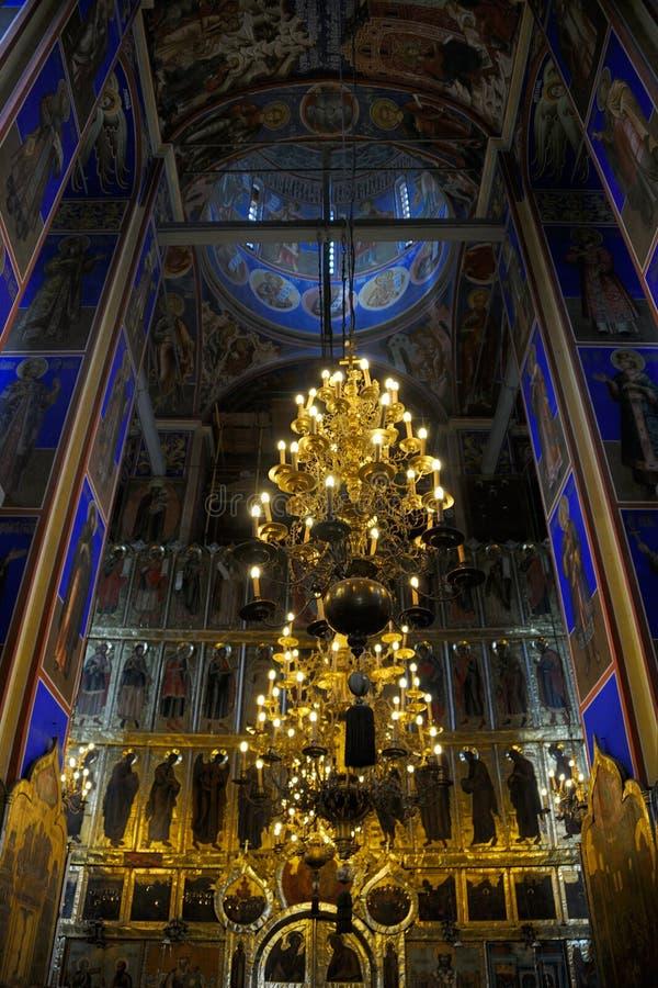 L'intérieur remarquable de la cathédrale de la nativité - Suzda photos stock