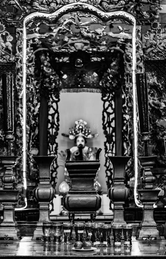 ? l'int?rieur d'un temple chinois, Ninh Kieu Pier, Cantho, delta du M?kong photos stock