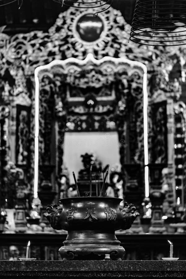 ? l'int?rieur d'un temple chinois, Ninh Kieu Pier, Cantho, delta du M?kong photographie stock libre de droits
