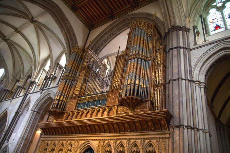 L'interno della cattedrale di Rochester è l'Inghilterra in secondo luogo più vecchia, essendo fondando in 604AD immagini stock libere da diritti