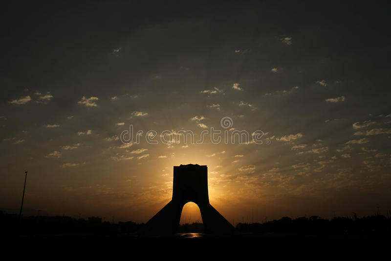 L'Iran, Teheran, torre di Azadi, centro di Teheran immagini stock