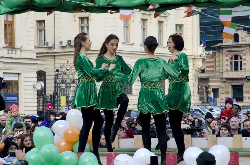 Jour de Patricks de saint à Bucarest 4 images stock