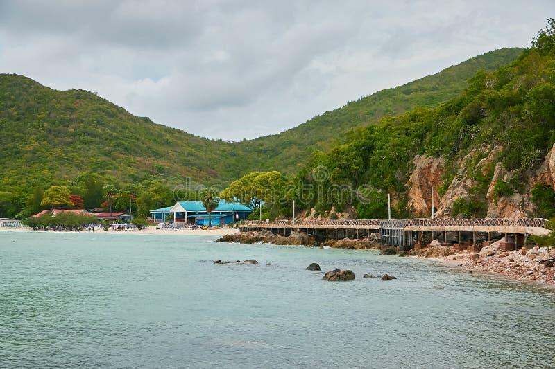 L'isola del larn del KOH immagine stock