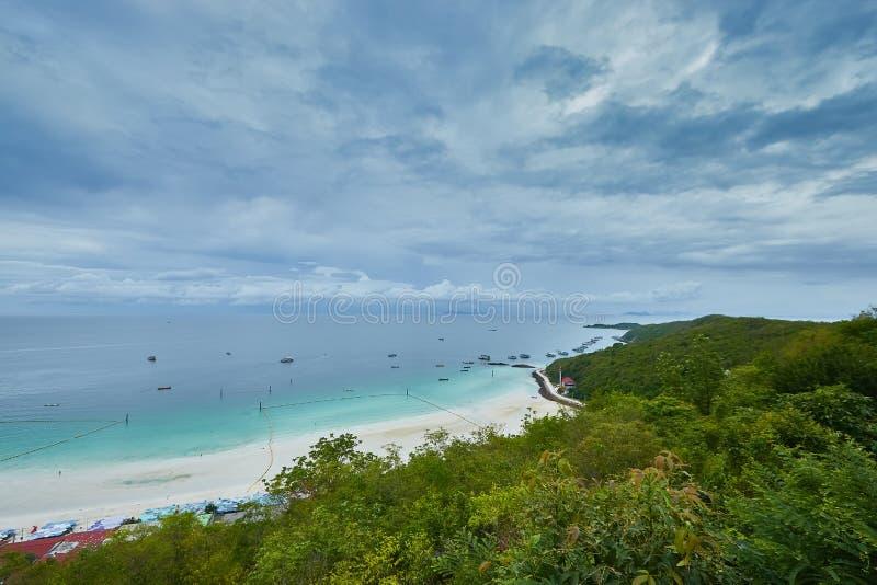 L'isola del larn del KOH immagine stock libera da diritti