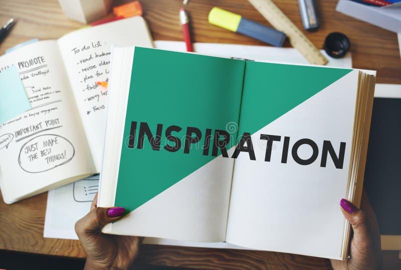 L'ispirazione creativa di idee comincia su leggere il concetto fotografie stock libere da diritti
