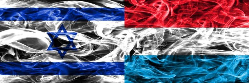 L'Israël contre des drapeaux de fumée du luxembourgeois placés côte à côte Israélien illustration stock