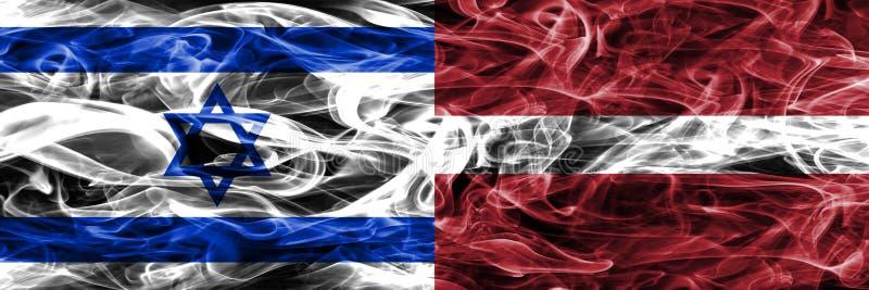L'Israël contre des drapeaux de fumée de la Lettonie placés côte à côte Israélien et La illustration libre de droits