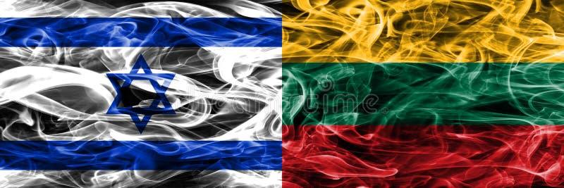 L'Israël contre des drapeaux de fumée de la Lithuanie placés côte à côte Israélien et illustration libre de droits