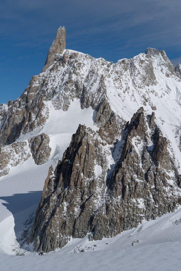 L'Italia, Courmayeur, gamma di Mont Blanc fotografia stock