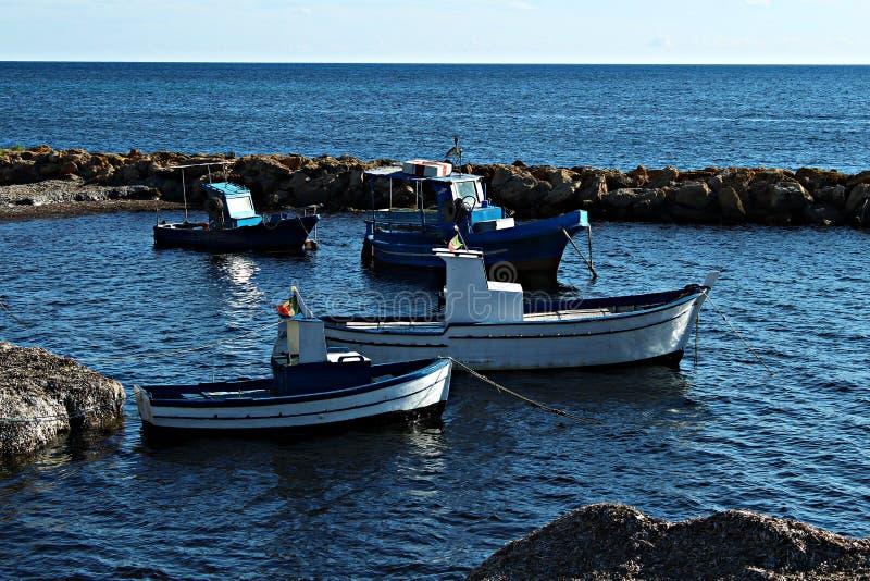 L'Italia, Sicilia: Piccolo porto in Marsala fotografie stock