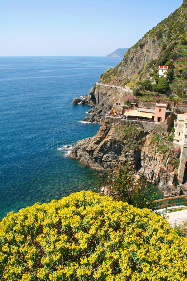 l'Italie. Cinque Terre. Riomaggiore photos stock