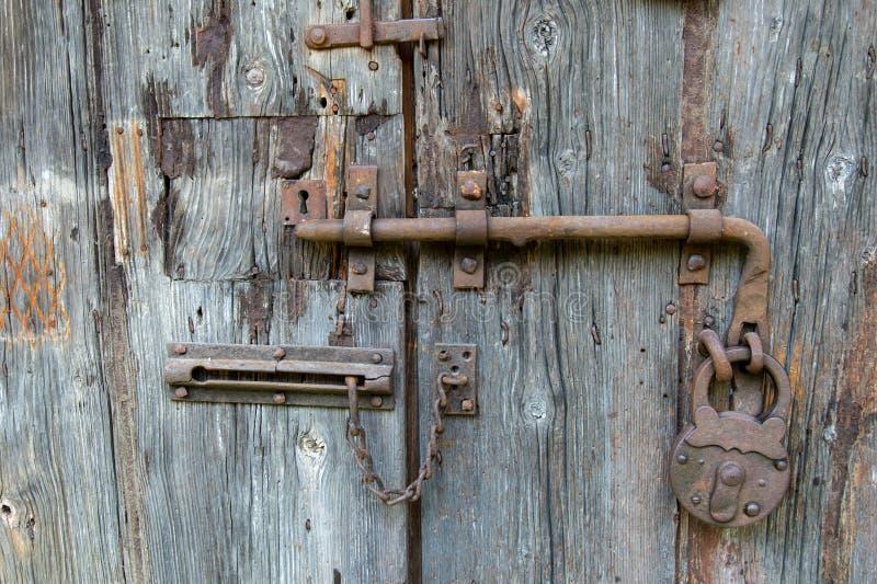 L'Italie, Emilia Romagna, Modène, porte de la cave de vinaigre balsamique photos libres de droits