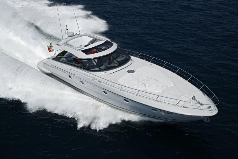 l'Italie, mer de Tirrenian, yacht de luxe de l'Aqua 54 de Baia ' photos stock