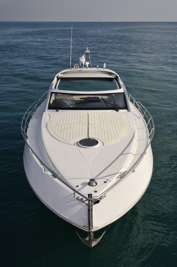 l'Italie, mer de Tirrenian, yacht de luxe Rizzardi 45 ' photographie stock