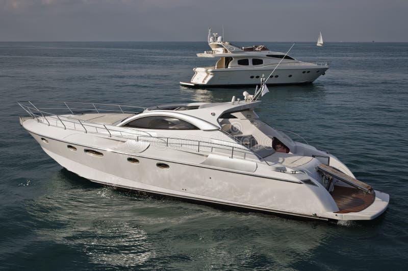 l'Italie, mer de Tirrenian, yachts de luxe photo libre de droits