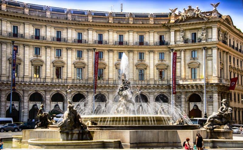 L'Italie, Rome, della Reppublica, delle Naiadi de Piazza de Fontana photo libre de droits