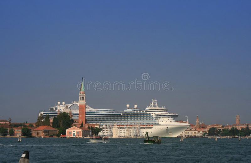 Download L'Italie Venise photo stock. Image du loisirs, européen - 8671720