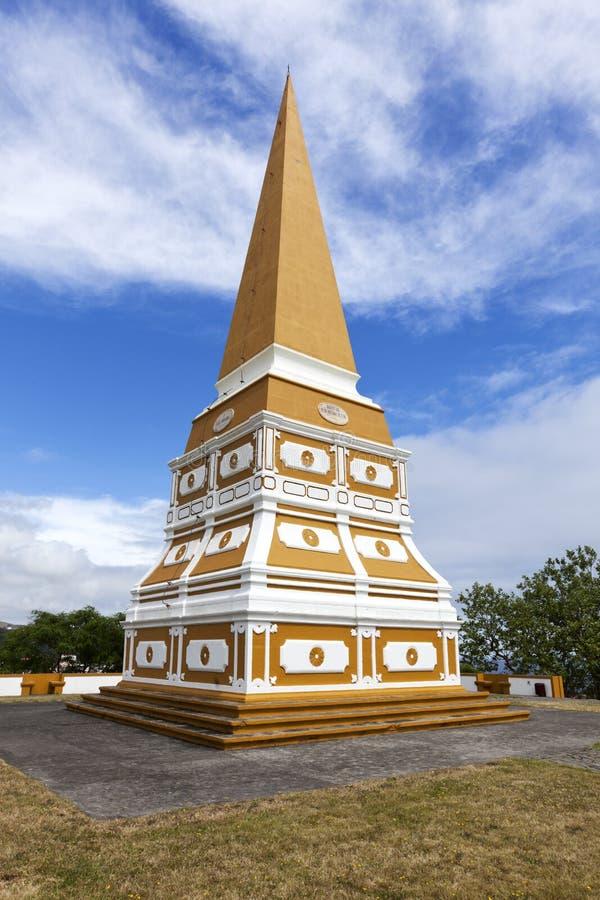 L'obelisco a Angra fa Heroismo, isola di Terceira, Azzorre fotografia stock libera da diritti