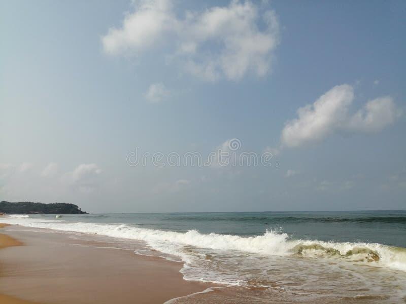 L'océan Arabe où il rencontre l'horizon photos stock