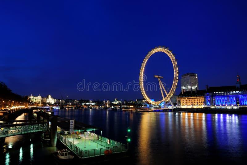 L'occhio di Londra al crepuscolo immagine stock