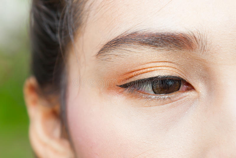 L'oeil de femme photographie stock