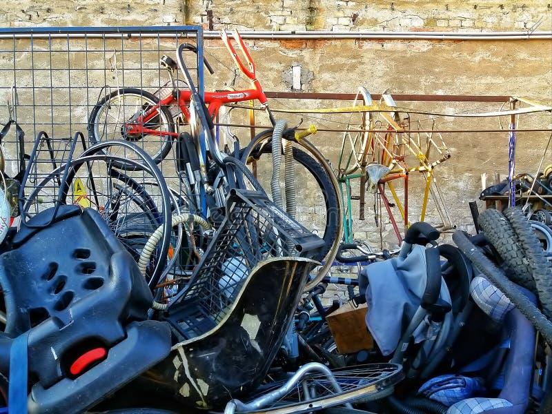 L'officina della bici fotografie stock libere da diritti