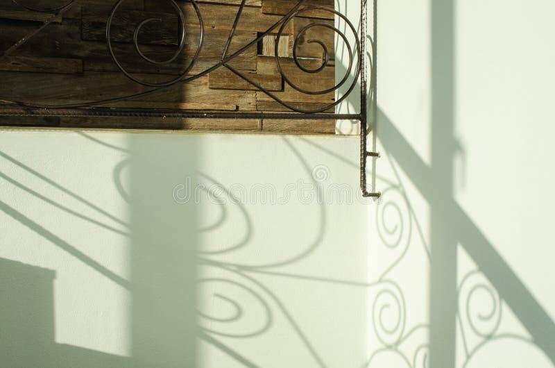 L'ombre d'une balustrade photos libres de droits
