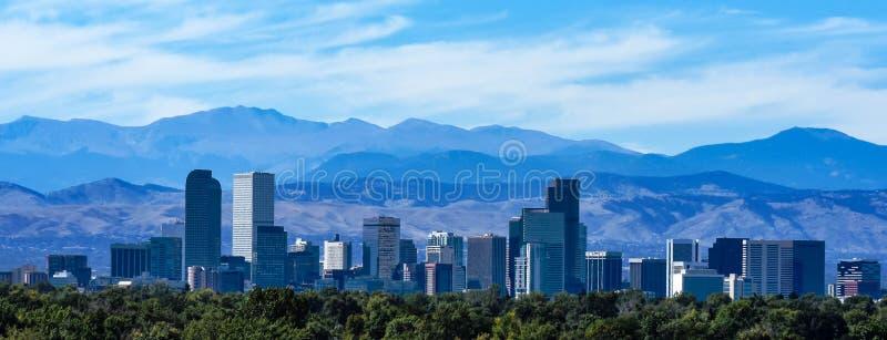 L'orizzonte di Denver fotografie stock libere da diritti