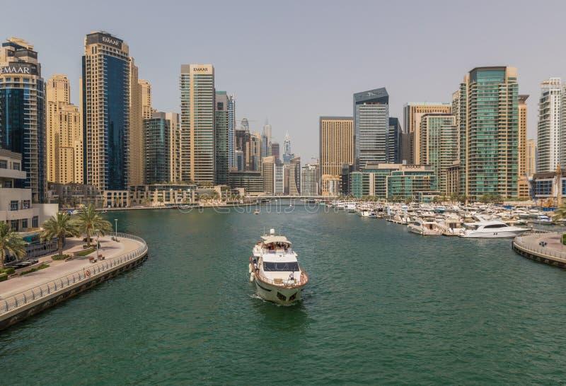 L'orizzonte di Marina Dubai fotografia stock libera da diritti