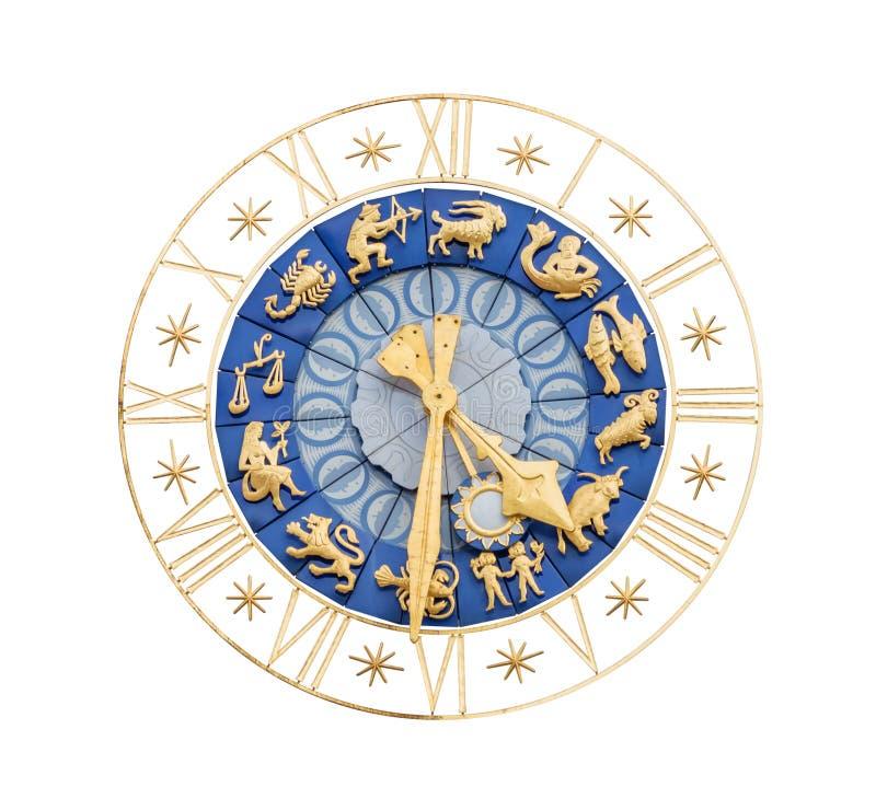 L'orologio medioevale con zodiaco firma il ritaglio fotografia stock libera da diritti