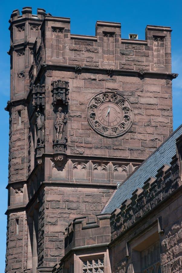 L'orologio sulla torre dell'orologio all'università di Princeton immagine stock libera da diritti