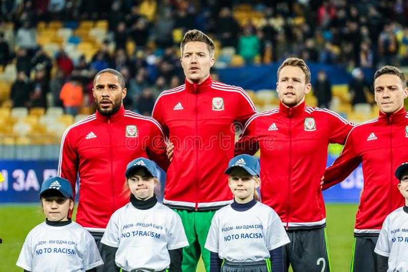 L'Ukraine contre le Pays de Galles photos libres de droits