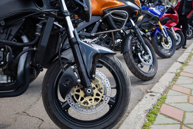 l'ukraine Khmelnitsky r Motos ? l'ouverture de ressort de la saison de moto image libre de droits