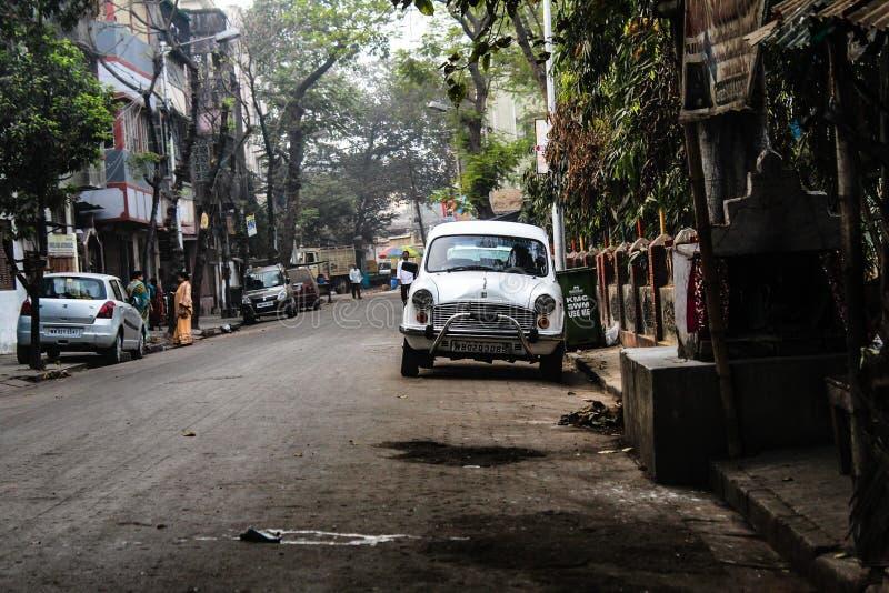L'ultimo lotto delle automobili di ambasciatore fotografia stock libera da diritti